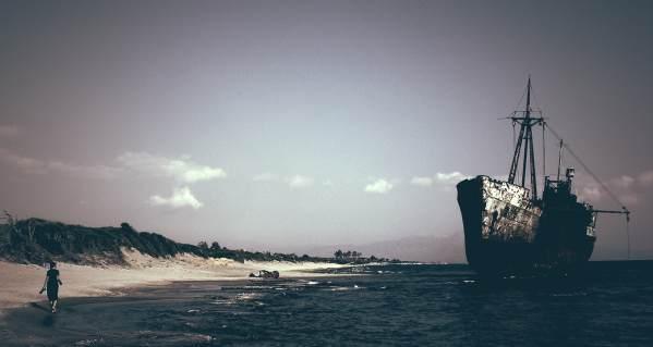 Shipwreck_sis_Fotor